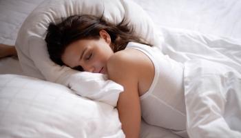 Сколько должен длиться здоровый сон у взрослых?