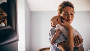 Какой лучше матрас купить ребенку пружинный или беспружинный