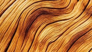 Из какого дерева делают кровати и какое лучше